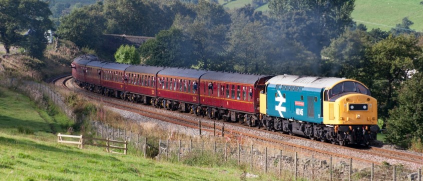 Class 40 40145 approaches Chapel-en-le-Frith. We've got some exciting news for 2017, and lots more Class 40 photos too!